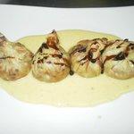 Farcallets de morcilla de burgos con membrillo y su crema