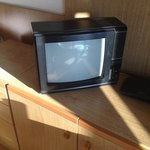 Credo sia l'unica televisione del genere ancora in circolazione