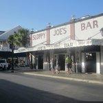 Slpooy Joe's Bar