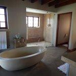 spaceous bathroom