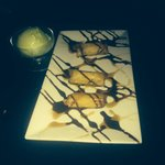 Bananna dessert with white chocolate and Green tea ice cream on the side!! Yum!