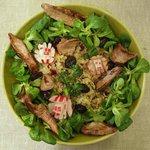 Taboulé de quinoa et aiguillettes de canard