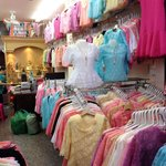 Thousands of cheap quality fashion stalls