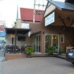 Cafeloto outside hotel