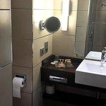 Holiday Inn Birmingham Airport - Bathroom