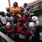 Youppi with the kids