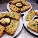 Pan con alioli