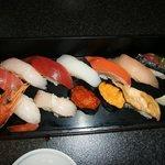 13貫のにぎり寿司