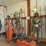 Rüstkammer (Armoury) - Historical Development of armour from 600 BC to 1500 AC