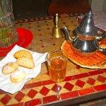 Thé et gateaux offerts en pause gourmande offerts