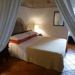 Trullo suite bedroom