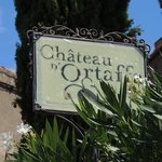 the front sign of the Chateau