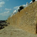Kasbah of Hammamet: Tunisia: costeggiando le mura
