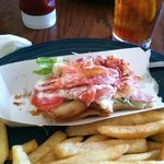 Lobster Roll & Fries