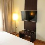2. TV im Schlafbereich der JuniorSuite (Zimmer 602)