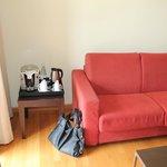 Kaffeemaschine + jeden Tag eine kostenfreie Flasche Mineralwasser Aufenthaltsbereich (2. Zimmer)