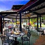 Sidewalk Cafe outdooe seating area