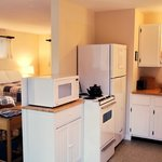 Deluxe Efficiemcy Kitchen