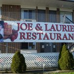 ‪Joe and Lauries Restaurant‬