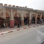 calle que conduce a la Medina
