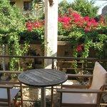 balcón con vista al patio veneciano