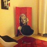 Camera Marilyn, particolare
