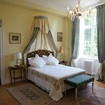 'Chambre soleil' which is a deluxe room