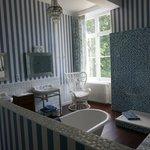 Fantastic bathroom of the 'chambre soleil'