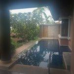 Private Pool/Villas
