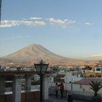 Vista del volcán Misti desde el mirador de Yanahuara