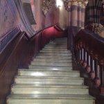 Escadaria na parte interior da igreja, incrível!