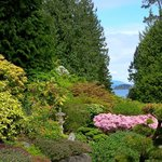 Butchard Gardens with peek at Pacific