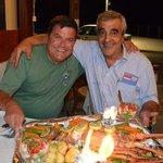 Avec Stelios (à droite) patron du Pelagos...