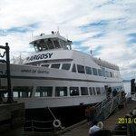Argosy tour boat