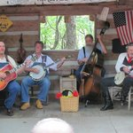 Pickers show