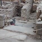 akrotiri excavaciones