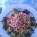 salade savoyarde : lardons noix tomate comte salade
