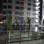 Вид на бассейн отеля