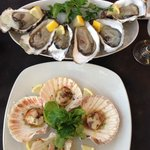 Cockney's Restaurant - oysters and scallops
