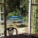 .Why not enjoy breakfast in out garden?