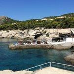 Beach bar διπλα στο ξενοδοχειο σε μικρη αποσταση