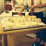 Plateau de fromages d'un choix incroyable. Excellent!