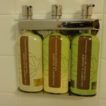 shampoo/conditioner/shower gel
