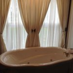 Jetted Claw Foot Style Tub -Rose Room