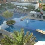 Vista de la piscina desde el balcon