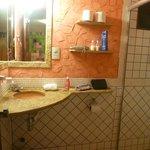 Decoração rústica do banheiro