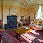 Guest Lounge - Farmhouse