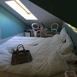 Slanted roof in the room