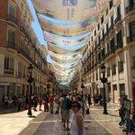 Malaga,avenida Molina Lario, Avec ces toiles tendues pour se protège du soleil