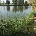 Il laghetto da pesca, popolato da carpe amour